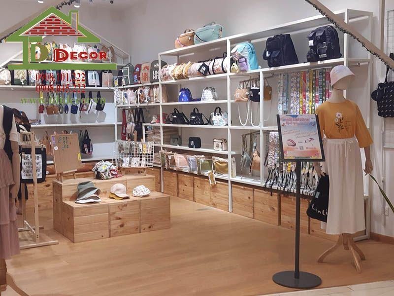 Thiết kế thi công shop thời trang chị Tiên Quận 3