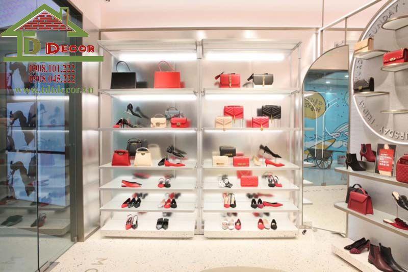 Thiết kế shop giày dép chị San tại Bình Dương