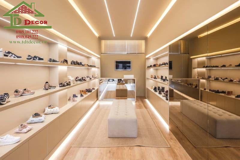 Thiết kế thi công shop giày dép anh Lâm quận Bình Tân
