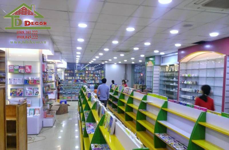 Thiết kế nhà sách anh Kiên quận Tân Phú